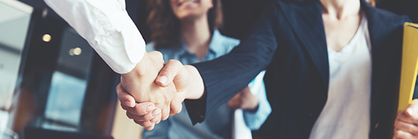 mercell-opic-handshake-600x200px